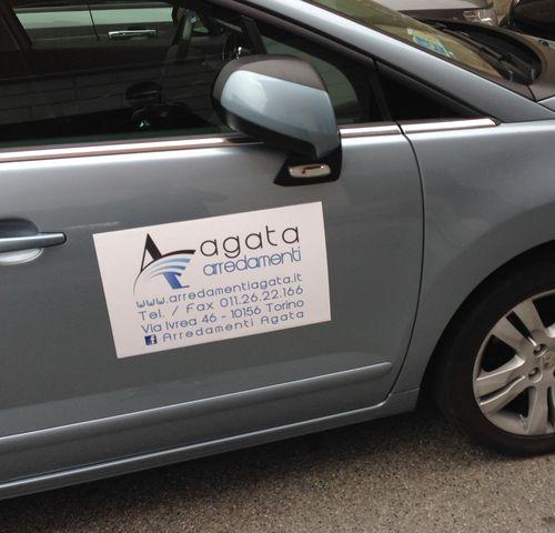 Calamite pubblicitarie per auto pannelli decorativi for Garage per 2 auto personalizzate